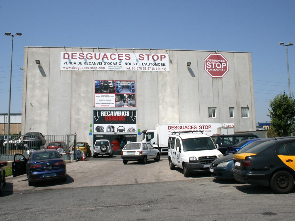 Desguaces barcelona compra de coches y venta recambios for Recambios roca barcelona